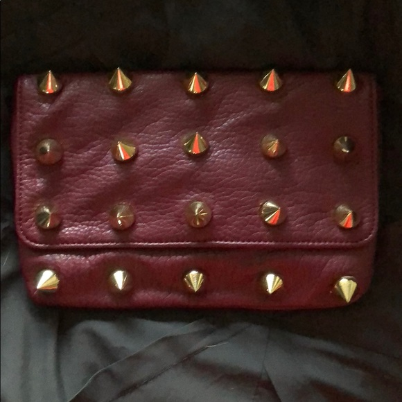836c35a41da Red Spike Clutch